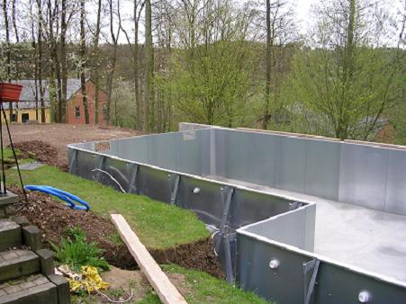 Piscine en kit inox for Construction piscine inox