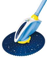 Le robot nettoyeur Zodiac zoom dispose d'une fonction anti-blocage échelle et angles