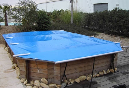 Cette b che barres s curis e wood securit plus est la for Bache piscine securite